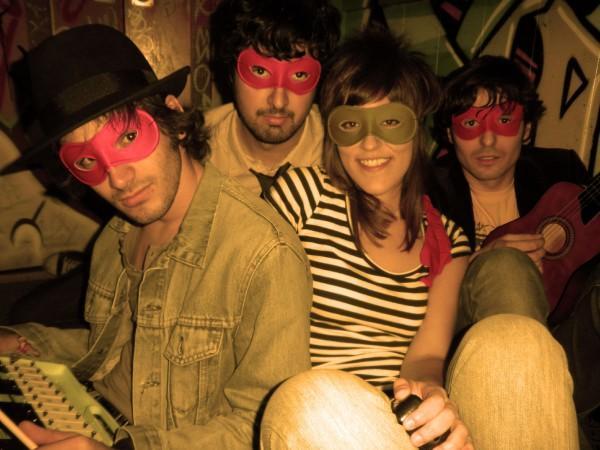HOY MUERO VIERNES – EP 2010. De Madrid al cielo … Indie-pop